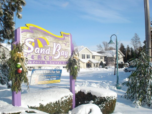 Sand Bay Beach Resort Door County Lodging In Sturgeon